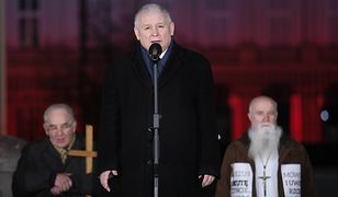 Jarosław Kaczyński i prezydent Andrzej Duda przemówią przed Pałacem Prezydenckim w 9. rocznicę smoleńską