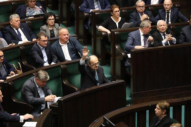 Sejm przyjął ustawę ustanawiającą 14 kwietnia Świętem Chrztu Polski.