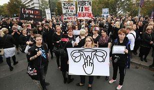 """II Ogólnopolski Strajk Kobiet. """"Czarny protest"""" rozpocznie się przed Sejmem"""