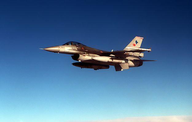 Ostrzałów dokonały samoloty F-16 z bazy z Diyarbakir