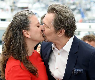 Gary Oldman i Gisele Schmidt