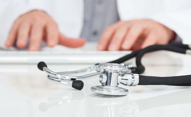 Lekarz molestował lekarza. Wyrok w Krakowie