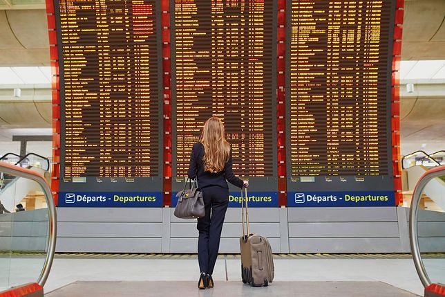 WAW, KRK i… LOL. Stąd wzięły się kody lotnisk?