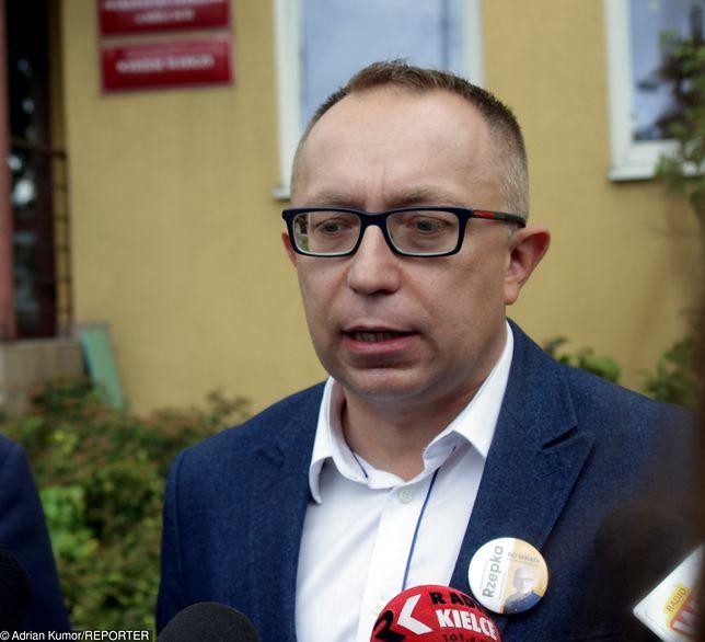 """Poseł KO Artur Gierada apeluje do Jarosława Kaczyńskiego """"o powstrzymanie szaleństwa"""""""