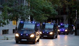 Zamach bombowy na przedmieściach Barcelony. Policja: to porachunki gangsterskie