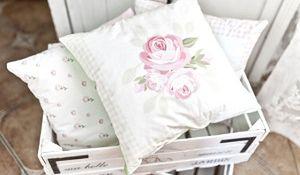 Najlepszy pomysł na prezent dla domu: wygodna poduszka