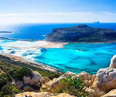 Kreta leży na Morzu Śródziemnym i jest największą grecką wyspą