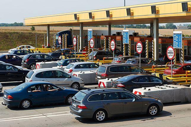 Bramki na autostradach to często powód korków.