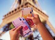 Paryż tylko dla ludzi z grubym portfelem