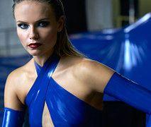 Natasha Poly i jej niebieska obsesja