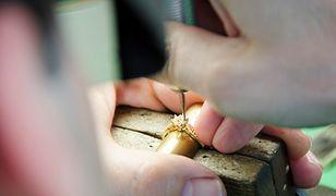 Produkcja biżuterii składa się z kilkunastu kluczowych etapów
