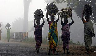 Polowania na czarownice w Indiach - oskarżone kobiety czekają tortury i śmierć