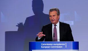 Gunther Oettinger uważa, że Polska chce osłabić, a nawet zniszczyć Unię Europejską