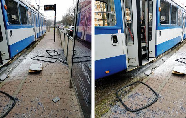 Eksplozja w tramwaju w Krakowie. Wypadły szyby