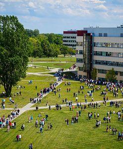 Koronawirus w Warszawie. Wiemy, którzy studenci muszą opuścić akademiki