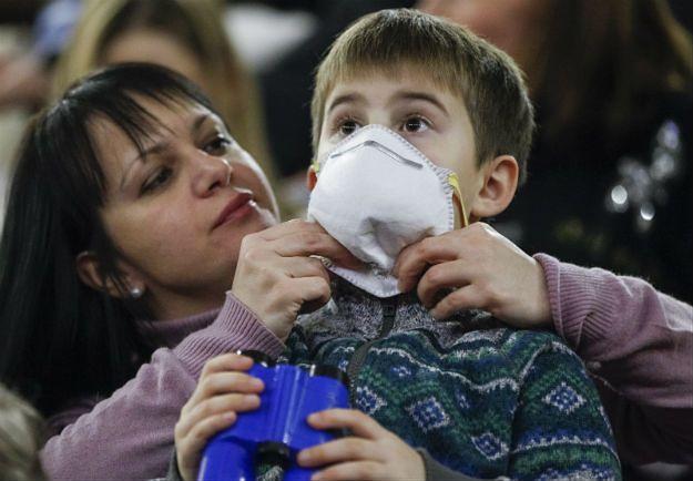 Świńska grypa na Ukrainie. Władze Kijowa zalecają noszenie masek