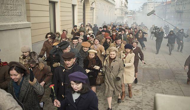 Produkcja filmu znajduje się obecnie na etapie realizacji zdjęć, które powstają głównie w Warszawie.