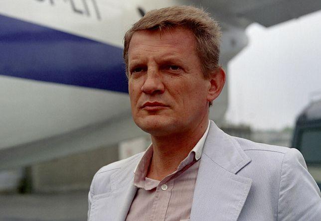 Bronisław Cieślak w roli porucznika Borewicza, polskiej odpowiedzi na agenta 007