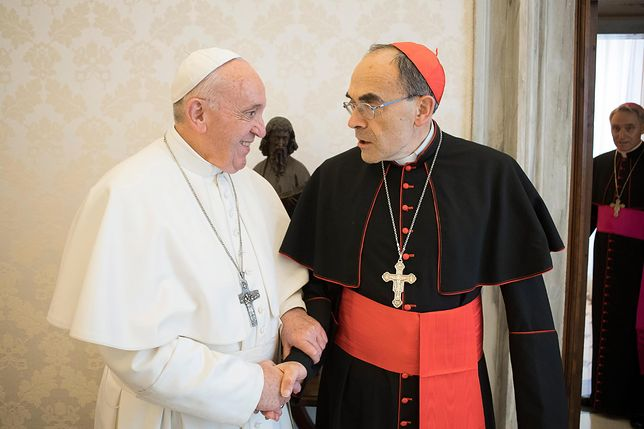 Papież z kardynałem Philippe Barbarinem