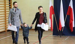 """Wyniki wyborów exit poll. Patryk Jaki gratuluje Rafałowi Trzaskowskiemu. """"Zawsze będzie mógł na mnie liczyć"""""""
