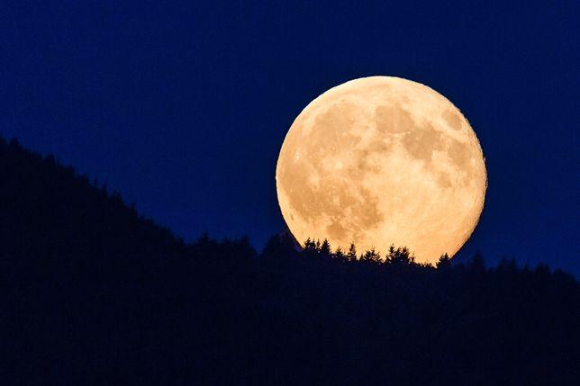 Superpełnia Księżyca, zdjęcie ilustracyjne