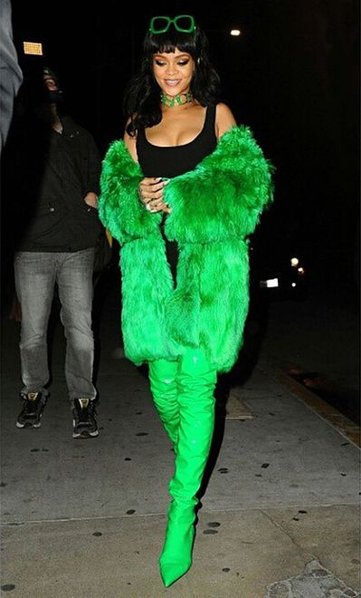 Rihanna cała w zieleni
