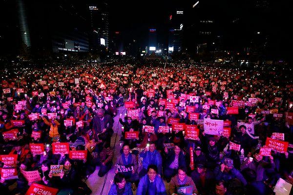 Fala protestów w Korei Południowej