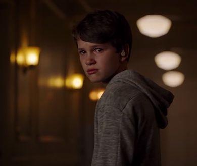 """W horrorze """"Laleczka"""" z 2019 roku Andy ma 13 lat"""