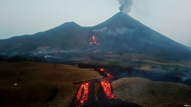Kolejna erupcja wulkanu Pacaya w Gwatemali