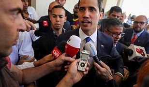 Juan Guiado krytykuje  Nicolasa Maduro po aresztowaniu deputowanego