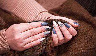 Naklejki na paznokcie. Jakie są najbardziej popularne? Czy wiesz, jak je nakładać?