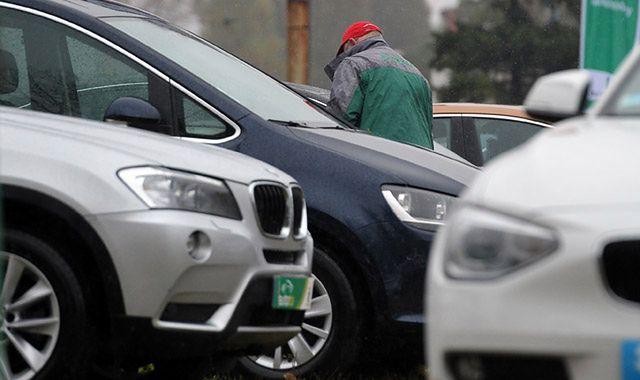 Polacy w 2016 roku sprowadzili milion używanych samochodów