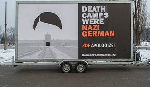 """Akcja przeciwko """"polskim obozom śmierci"""" w Brukseli"""