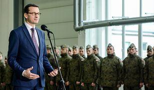 Mateusz Morawiecki spotkał się z Bemowie Piskim z żołnierzami NATO