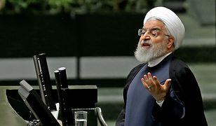 Prezydent Iranu Hassan Rouhan przemawia w parlamencie w Teheranie 3 września