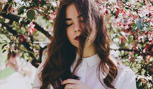 Czy olejowanie włosów jest szkodliwe? Wszystko zależy od kilku czynników.