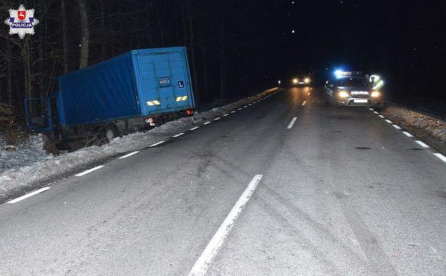 Auto nauki jazdy rozbite w Sawinie. Instruktor w szpitalu