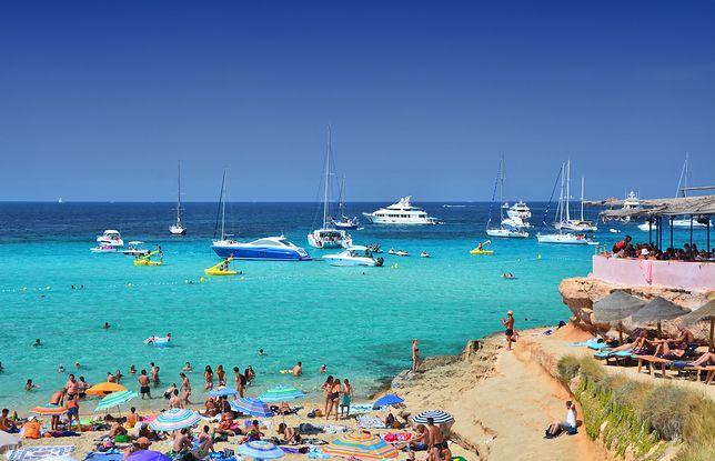 Władze Majorki i Ibizy od lat narzekają na turystów, głównie z Wielkiej Brytanii, którzy nie znają umiaru w spożywaniu alkoholu
