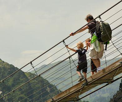 Nie na wszystkie mosty można zabrać ze sobą małe dzieci
