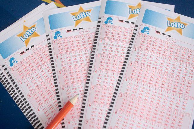 """Kumulacja Lotto. 10 mln złotych za """"szóstkę"""" w najbliższym losowaniu"""