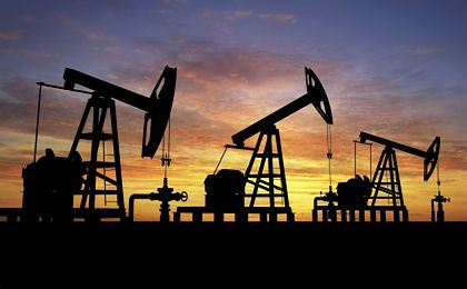 Cena ropy w swobodnym spadku