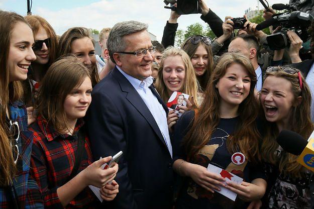 """Wybory prezydenckie. Bronisław Komorowski ogłosił """"Dobry start dla młodych"""""""