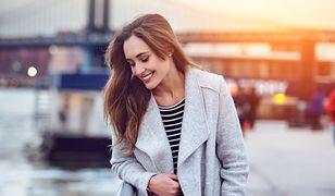 Szare kardigany to świetny pomysł na zimową stylizację, lub lekki płaszcz przejściowy