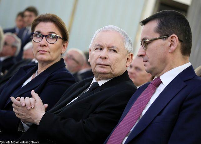 Rzecznik PiS Beata Mazurek, prezes Jarosław Kaczyński i premier Mateusz Morawiecki