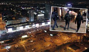 Protest w Warszawie. Ataki na protestujących. Tak rozpoznają się narodowcy