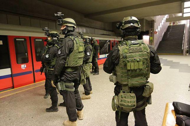 """Pasażerowie metra są bezpieczni? """"Przygotowujemy się na zdarzenia kryzysowe"""""""