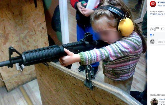 Na tej strzelnicy broń dostają już czteroletnie dzieci