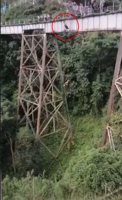 Kolumbia. Wypadek 25-latki na bungee