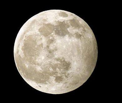 Niesamowita pełnia Księżyca w Waszym obiektywie