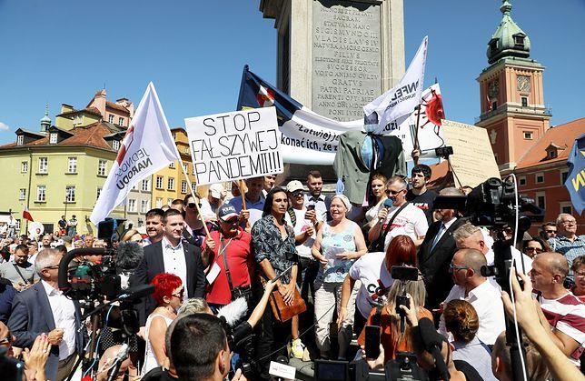 Protest antyszczepionkowców w Warszawie. Organizatorzy nie chcą kolejnego lockdownu